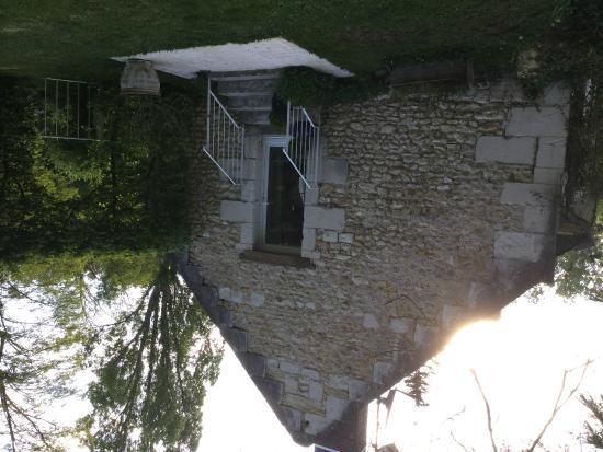 Le Moulin du Mesnil : Front of the cottage