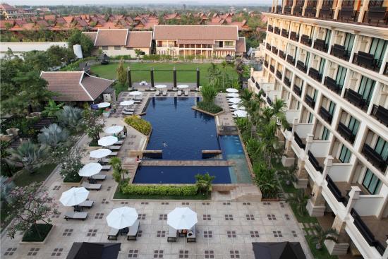 Angkor Miracle Resort & Spa: Exterior Landscape