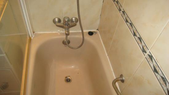 Aparthotel Quo Eraso: Bath