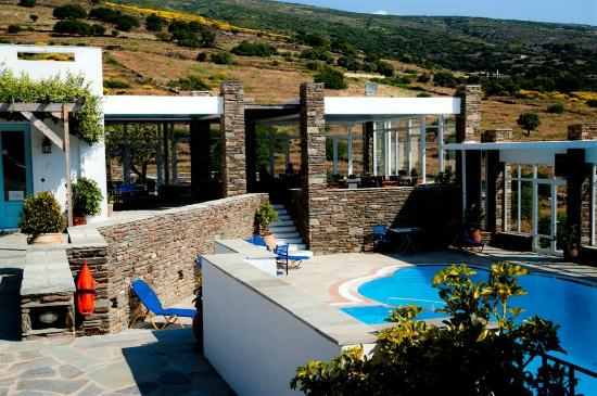 Menites, Grecia: Ο χώρος πρωινού  και η πισίνα μας