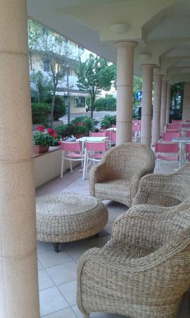 Hotel Missouri : Salon extérieur