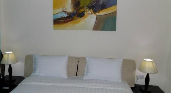 Fortune Classic Hotel Apartments: Master Bedroom
