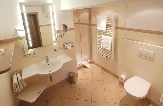 Gasthof Pension Wörndlhof: Badezimmer Comfort-Suite #10