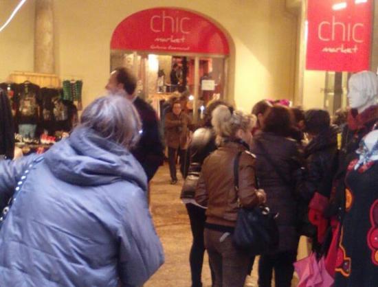 Chale un vistazo picture of galeria comercial chic - Galeria comercial ...