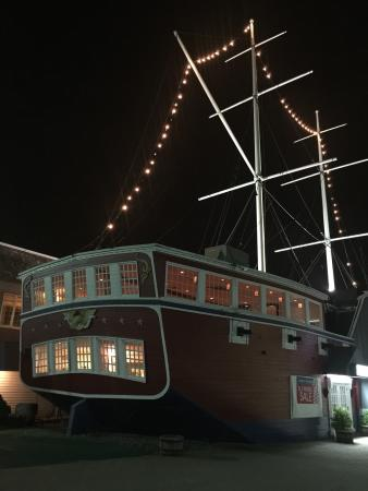 The Ship Restaurant: This Ship is the place to be !
