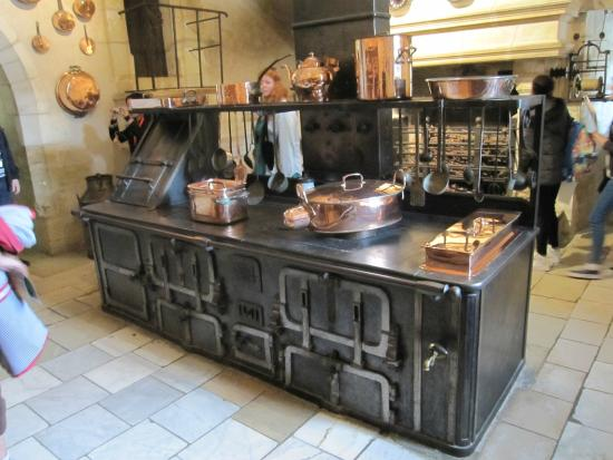chemin e dans la cuisine photo de ch teau de chenonceau chenonceaux tripadvisor. Black Bedroom Furniture Sets. Home Design Ideas