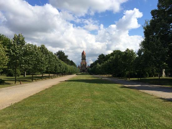 Sudfriedhof: 入り口からの眺め