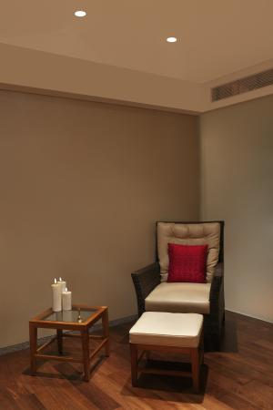 Aristo Spa & Salon Relaxation Room Picture of DoubleTree by