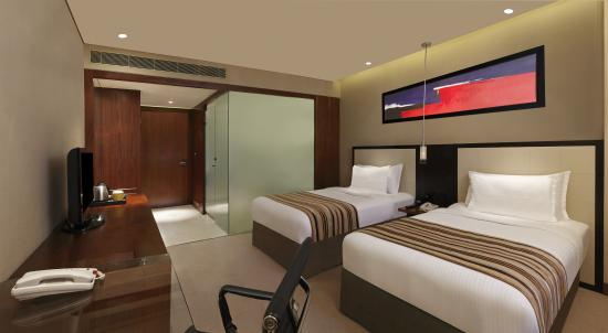 DoubleTree by Hilton Hotel Pune - Chinchwad : Twin Guest Room