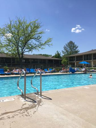 Fontana, WI: Adult only (18+ ) pool