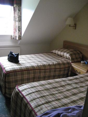 Loch Achray Hotel: Inside room 204