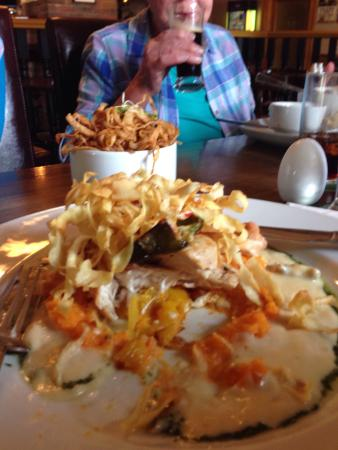 Quigley's Point, Irlanda: Chicken stack with tobacco onions, too nice to leave any mmm...