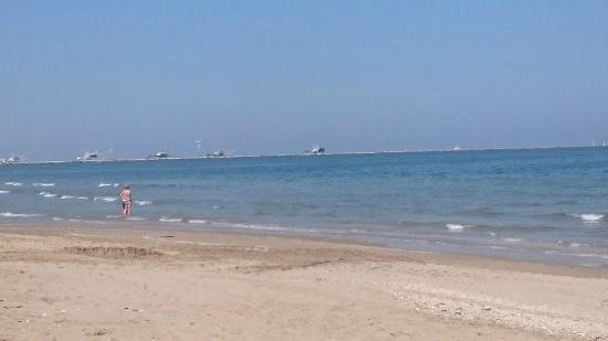 View of the beach foto di bagno ristorante lucciola marina di ravenna tripadvisor - Bagno lucciolamarina di ravenna ...