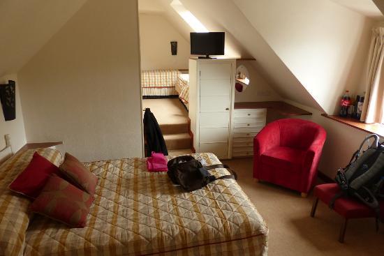 Undercliff Guest House: Familienzimmer 1. Ansicht