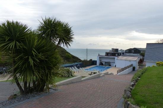 Undercliff Guest House: Ansicht Pool