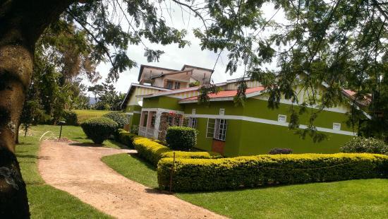 Bahumura Home: The Home