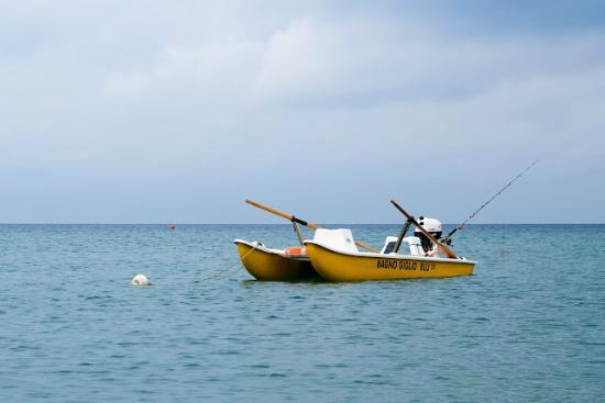 Novità: Pattino a motore adatto anche per la pesca. - Foto di Bagno ...