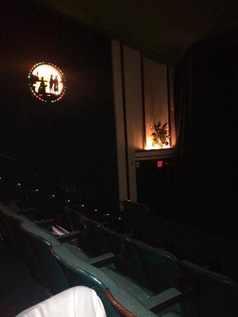 Avon Theatre Film Center : photo1.jpg