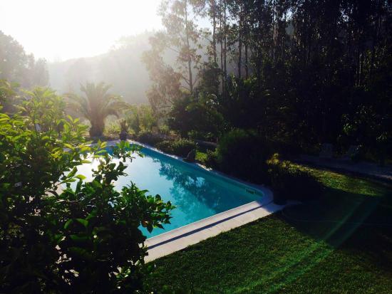 Quinta da vida Serena : het zwembad vanaf balkon Pombal