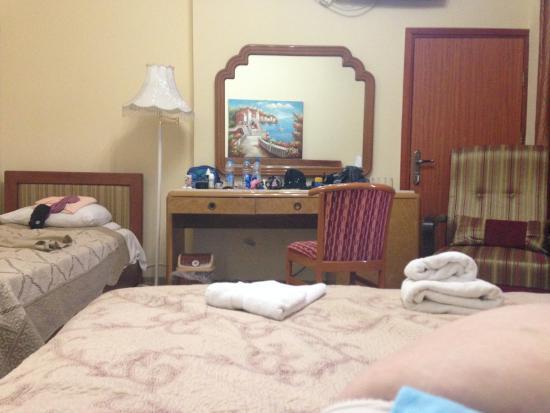 Hotel Casa de Maria: Spacious room