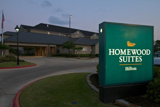 Homewood Suites by Hilton College Station: Hotel Exterior