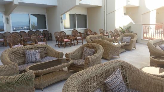 Sea Pearl Hotel: Terrace