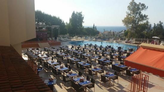 Sea Pearl Hotel: Barbecue Evening at the Pool