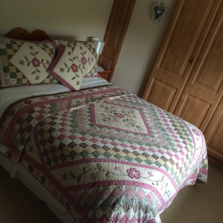 Currabeg B&B: Very comfortable bed