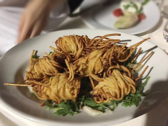 Da Cicciotto : Gamberi incatenati in spaghetti fritti