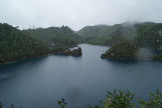 Lagos de Montebello : Озера Монтебелло