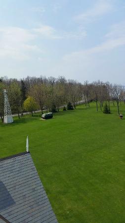 Dunkirk Lighthouse & Veterans Park Museum: Lighthouse Grounds