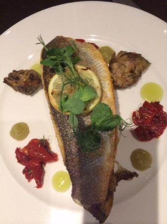 Amy's Restaurant: Sea bass.