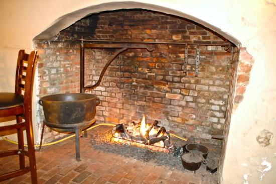 Reynolds Tavern: Original Kitchen Fireplace in Pub Area