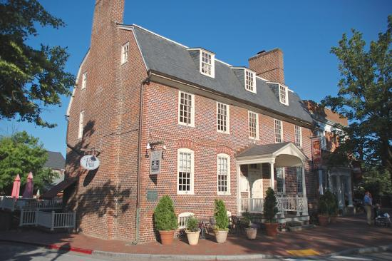 Exterior View of Reynolds Tavern