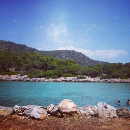 Aponisos Beach: Παραλία Απόνησος