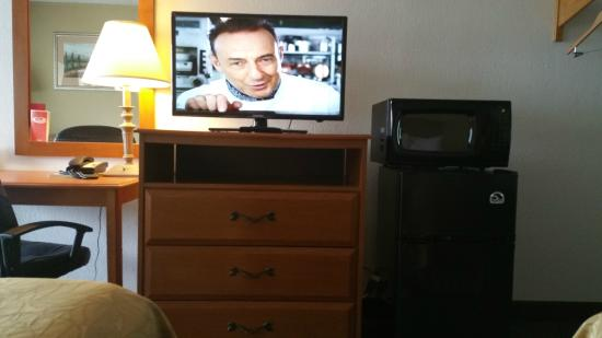 Econo Lodge: Flat Screen tv