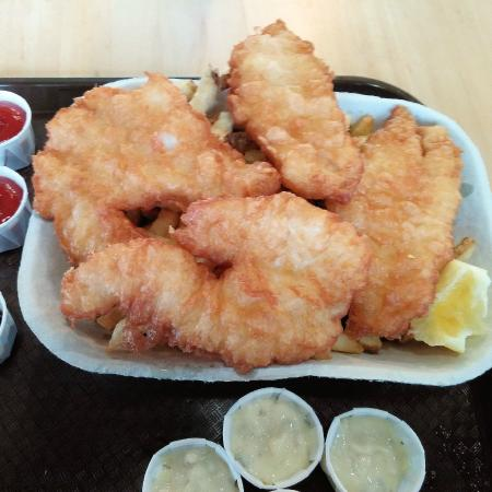 Montgomery's Fish & Chips: Two piece cod meal