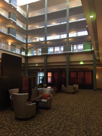 Embassy Suites by Hilton Brunswick : photo1.jpg