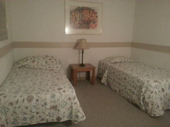 Alpine Crest Resort: Twin beds
