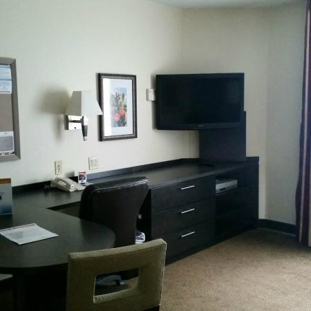 Candlewood Suites - Austin South: Desk area