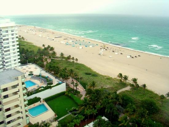 Loews Miami Beach Hotel: the stunning view from our balcony!