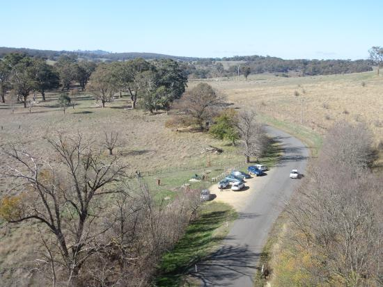 Taradale Viaduct: Car park & viewing area at base of viaduct