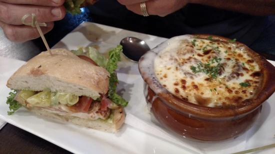Timothy O'Toole's Pub Gurnee: Tuscan Chicken sandwhich & French Onion Soup