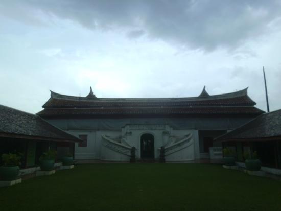 Songkhla National Museum: อาคารสถาปัตยกรรมจีนยุโรป