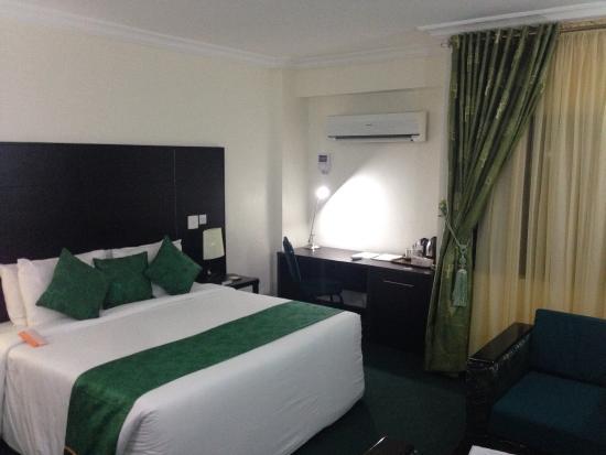 Reiz Continental Hotel: photo2.jpg