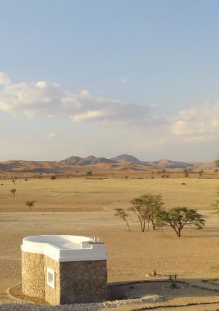 Tsondab Valley Scenic Reserve: Un chalet et sa vue