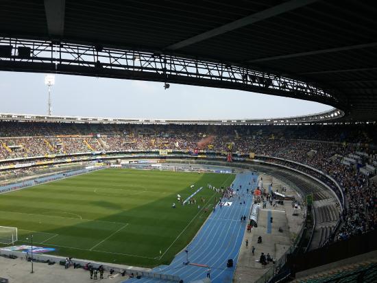 Stadio Marcantonio Bentegodi: vista dal settore ospiti