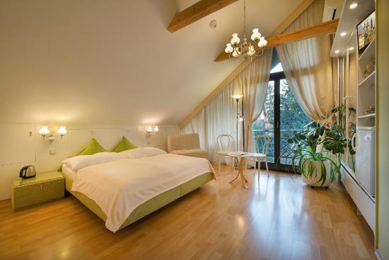 A. V. Pension Praha: Double room No 5