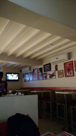 The Pint Room, Mumbai - Ground Floor 266 Linking Rd, Bandra West ...