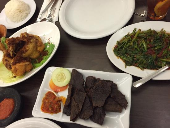 Indonesian Cuisine - Picture of Tambuah Mas (Paragon), Singapore ...